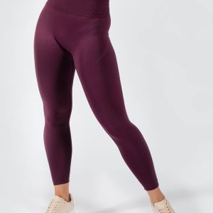 Muki seamless yoga pant in grape colour