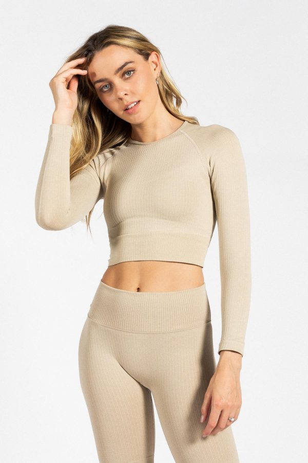 Seamless Ribbed Crop Long Sleeve in Cream