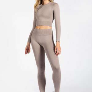model wearing high-waisted ribbed legging in light brown colour
