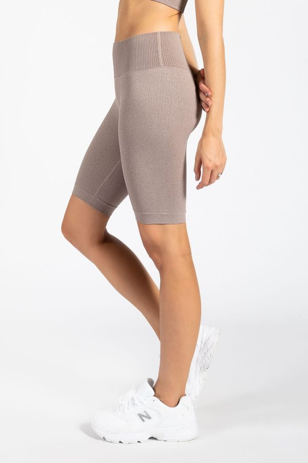 Seamless Ribbed Gym Short in Espresso