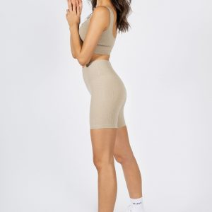 high-waisted seamless gym shorts in beige colour