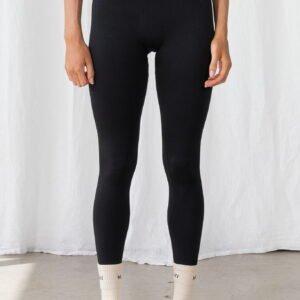 Seamless Ribbed Legging in Graphite Black
